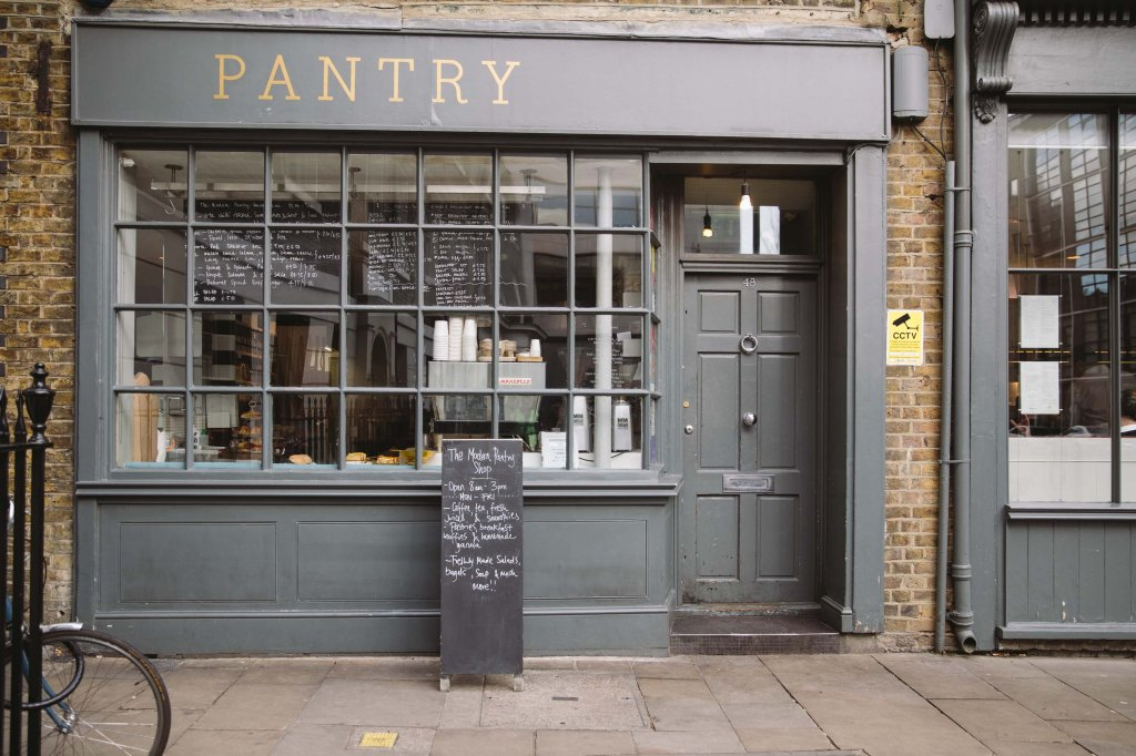 vintage pantry in clerkenwell